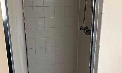 Bathroom, 4114 Spitfire Ave, 2