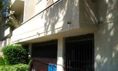 Granada Apartments, 2