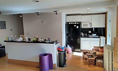 Living Room, 304 Washington Ave, 1