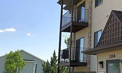 Prairie Park Apartments, 2