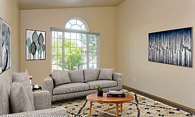 Living Room, 2110 - 2112 HARRIS AVE, 2