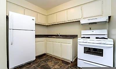 Kitchen, 73 Cedar Ave, 2