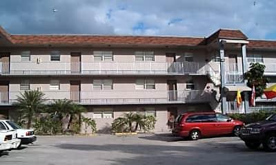 Lake House Apartments, 1