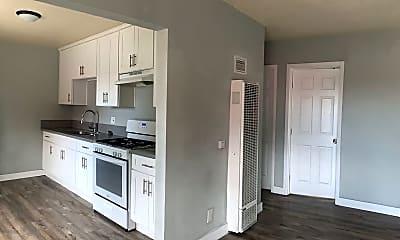 Kitchen, 4200 S Western Ave, 2
