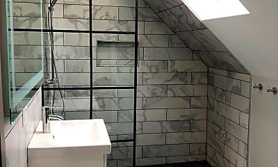 Bathroom, 2222 W Palmer St.  - 2R, 1