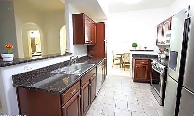 Kitchen, 2550 E River Rd 11202, 0