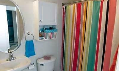 Bathroom, Rugby McIntyre Apartments, 2
