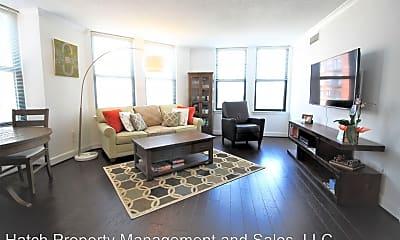 Living Room, 1201 N Garfield St, 1