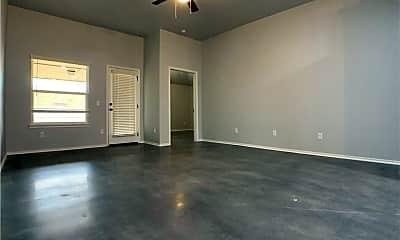 Living Room, 936 Coles Creek, 1