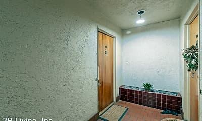 Bathroom, 2208 Lakeshore Ave, 2