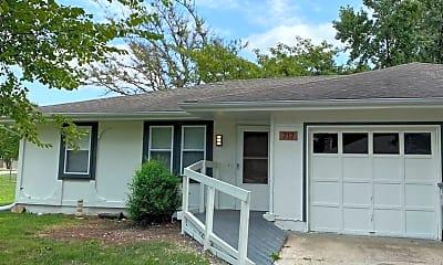 Building, 717 NE Banner Dr, 0