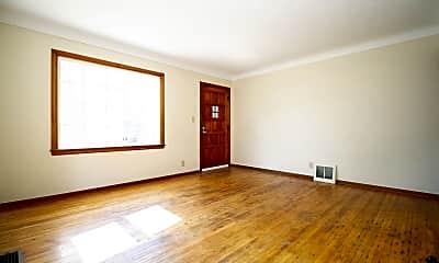 Living Room, 1823 Marlow Rd, 1