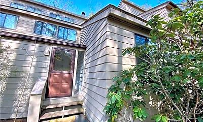 Building, 106 Woodside Cir 106, 0