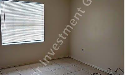 Bedroom, 800 N Hastings St, 1