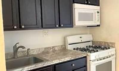 Kitchen, 207 48th St 5, 2