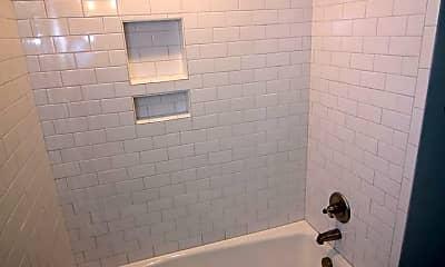 Bathroom, 4508 Wythe Ave, 2