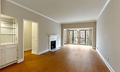 Living Room, 3071 Lenox Rd NE 31, 1
