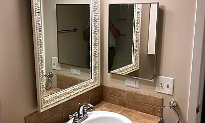 Bathroom, 315 Lakebend Dr, 2