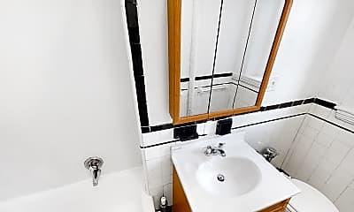Bathroom, 1810 Commonwealth Ave., #1, 1