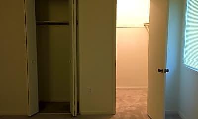 Living Room, 8721 Hayshed Ln, 1