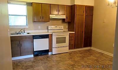Kitchen, 251 Rast St N-7, 1
