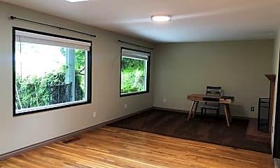 Living Room, 5025 SE Brookside Dr, 1