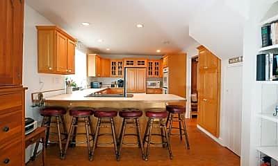 Dining Room, 1304 Ocean Blvd, 1
