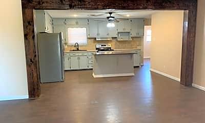 Kitchen, 405 Edgewood Dr, 1