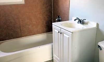 Bathroom, 517 Winchester Ave, 2