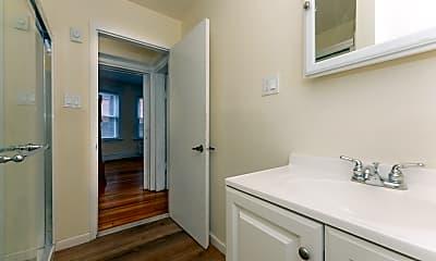 Bathroom, 228 Van Buren St, 2