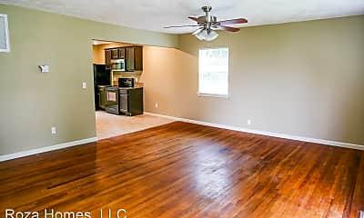Living Room, 1700 E McDaniel St, 1