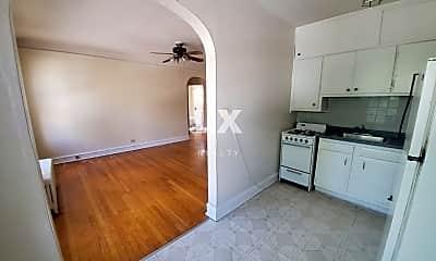 Kitchen, 812 Dempster St, 0