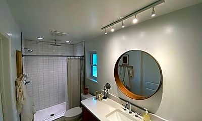 Bathroom, 2213 Cowan Pl, 2
