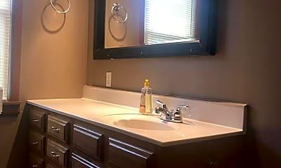 Bathroom, 42 N 3rd St, 1
