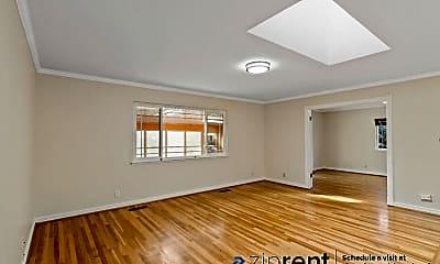 Bedroom, 1565 Klamath Drive, 1