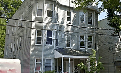 Building, 595 Winchester Ave, 1