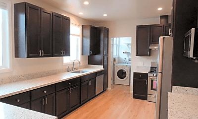 Kitchen, 2825 Cabrillo St, 0