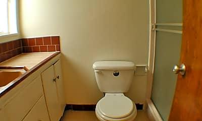 Bathroom, 2435 Hilgard Ave, 2