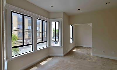 Living Room, 2882 Golden Gate Ave, 1
