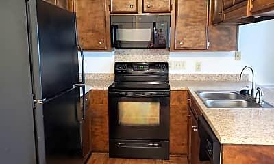 Kitchen, 2013 2nd Loop Rd, 1