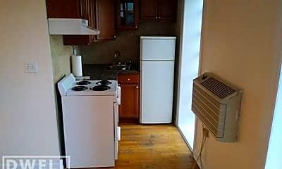 Kitchen, 1023 N Dearborn St, 1