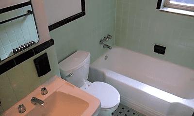 Bathroom, 101 Lloyd Ave, 2