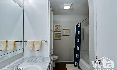 Bathroom, 1101 Leah Ave, 1