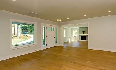 Living Room, 243 W Hillcrest Blvd, 1