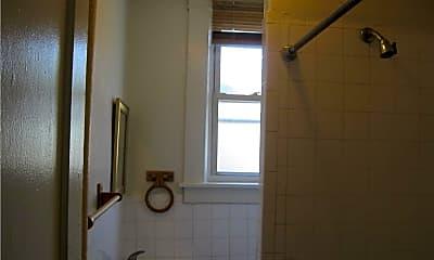 Bathroom, 17 May St 1, 1
