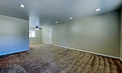 Living Room, 525 Sawyer Way, 1