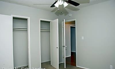 Bedroom, 109 N Adams St, 2