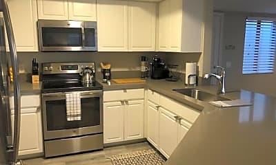 Kitchen, 5104 N 32nd St 309, 1