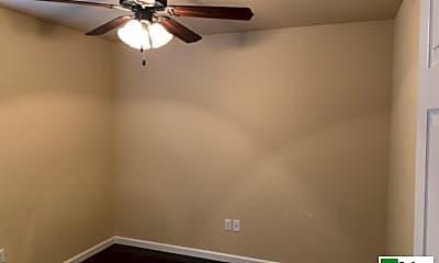 Bedroom, 103 S Oak St, 2