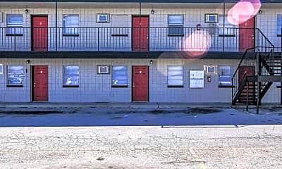 Building, West Pointe Apartments, 1